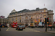 Westminster, Piccadilly Circus, London © Christine Matthews